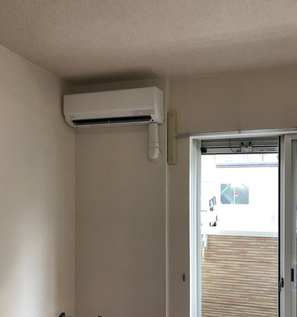 東大阪 島之内 エアコン取付工事のサムネイル