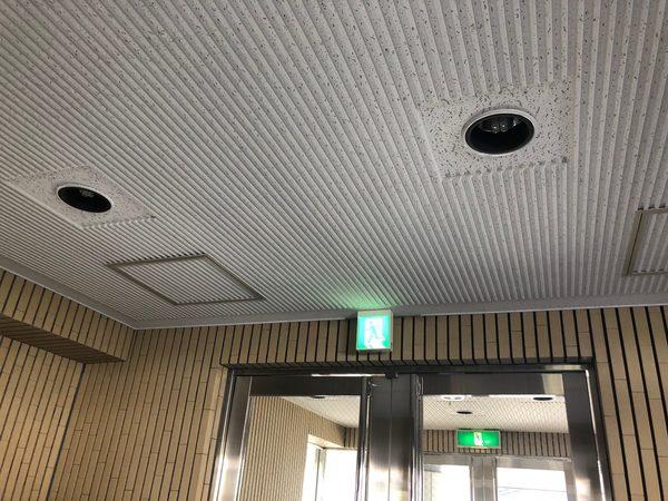 大阪市平野区 マンション エントランスホール ダウンライト 天井張替えのサムネイル